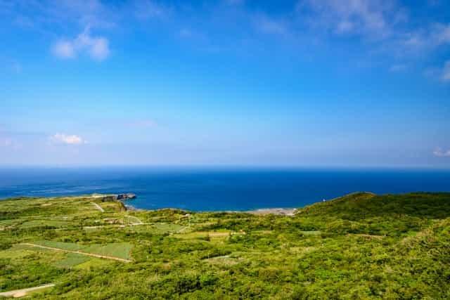 大石林山から見た北の海