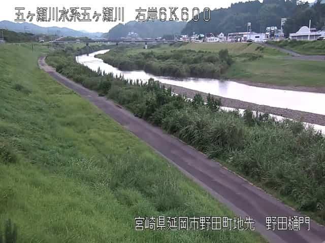 五ヶ瀬川-野田樋門付近
